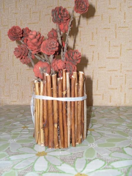 Поделка ваза из природного материала107